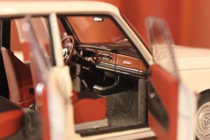 Прикрепленное изображение: 1800 TI-SA (E10) 02-Sedan-1971- salon 3.jpg