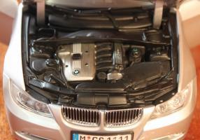 Прикрепленное изображение: 3er(E90)-Sedan-motor.jpg