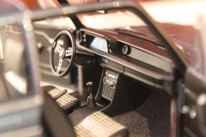 Прикрепленное изображение: 2002 (E10) 02 Cabrio(1971)-salon 3.jpg