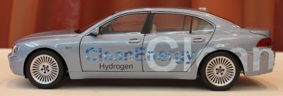 Прикрепленное изображение: 7er-(E68)Hydrogen - sboku 2.jpg