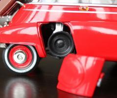 Прикрепленное изображение: BMW Isetta 250-otkrit motor.jpg