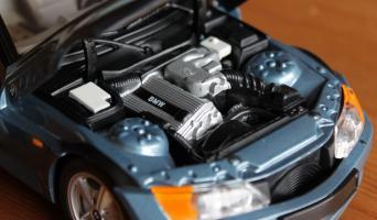 Прикрепленное изображение: Z3(E36-7)-James Bond-motor.jpg