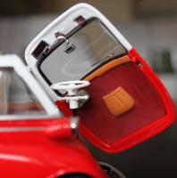 Прикрепленное изображение: BMW Isetta 250-salon 3.jpg
