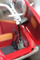 Прикрепленное изображение: BMW Isetta 250-salon 1.jpg