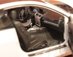 Прикрепленное изображение: 6er-M6(E63)Coupe-motor (2).jpg
