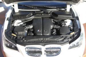 Прикрепленное изображение: 5er (E60) M5 - motor.jpg