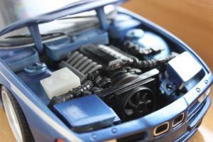Прикрепленное изображение: 8er-(E31) 850i - motor.jpg