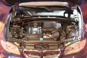 Прикрепленное изображение: 1er(E82)135i Coupe-motor.jpg