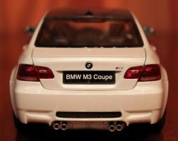 Прикрепленное изображение: 3er(E92)M3-Coupe-szadi.jpg