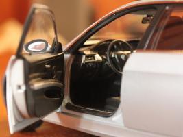 Прикрепленное изображение: 3er(E90)-Sedan-salon3.jpg