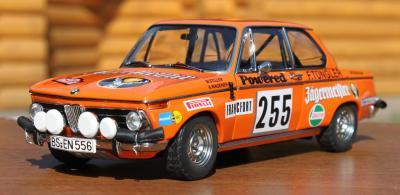 Прикрепленное изображение: BMW 2002 Rally Monte Carlo-speredi sboku.jpg