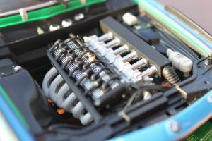 Прикрепленное изображение: (E9) pre 6 series 3.5 CSL-Gosser - motor (1).jpg