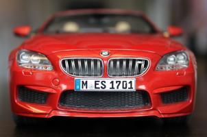 Прикрепленное изображение: 6er-M6(F12)Convertible-speredi 2.jpg