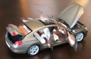 Прикрепленное изображение: 6er-M6(F06)Gran Coupe - szadi sboku vse otkrito.jpg