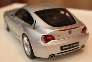 Прикрепленное изображение: Z4M Coupe (E85) szadi 2.jpg