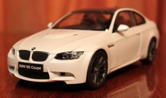 Прикрепленное изображение: 3er(E92)M3-Coupe-speredi sboku.jpg