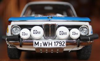 Прикрепленное изображение: BMW 2002 Tap Rally-speredi blizko.jpg