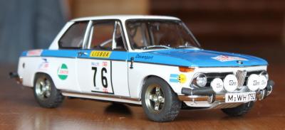 Прикрепленное изображение: BMW 2002 Tap Rally-speredi sboku.jpg