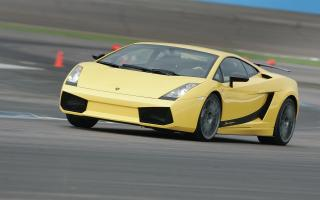 Прикрепленное изображение: Lamborghini-Gallardo-Superleggera-widescreen-021.jpg