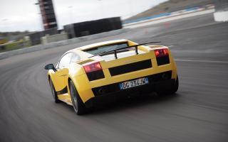 Прикрепленное изображение: Lamborghini-Gallardo-Superleggera-widescreen-023.jpg