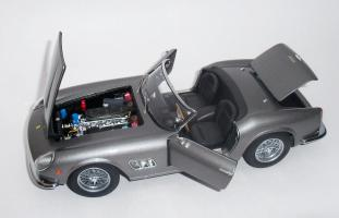 Прикрепленное изображение: Ferrari 250 GT California SWB 1958 Grey metallic - Hot wheels Elite (4).JPG