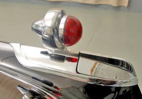 Прикрепленное изображение: 1955-imperial-newport-taillight.jpg