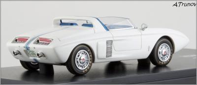 Прикрепленное изображение: 1962 Ford Mustang I Concept Tribute Edition hand-signed by Dan Gurney - Automodello - AM-FOR-M1C-TE - 12_small.jpg