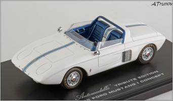 Прикрепленное изображение: 1962 Ford Mustang I Concept Tribute Edition hand-signed by Dan Gurney - Automodello - AM-FOR-M1C-TE - 9_small.jpg
