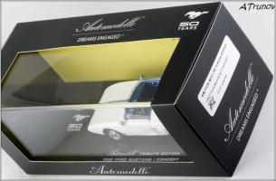 Прикрепленное изображение: 1962 Ford Mustang I Concept Tribute Edition hand-signed by Dan Gurney - Automodello - AM-FOR-M1C-TE - 6_small.jpg