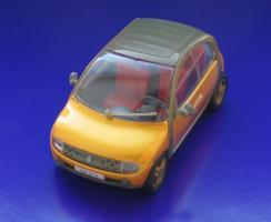 Прикрепленное изображение: Renault Ludo-01.JPG