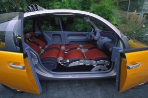 Прикрепленное изображение: Renault_Ludo_003.jpg