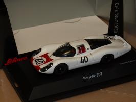 Прикрепленное изображение: 1967 450362600 Schuco Porsche 907-6 LH.jpg