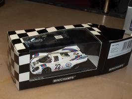Прикрепленное изображение: 1971 400716122 MINICHAMPS Porsche 917K.jpg