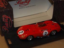 Прикрепленное изображение: 1957 7273 BANG Maserati 450S.jpg
