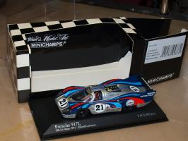 Прикрепленное изображение: 1971 430716791 MINICHAMPS Porsche 917 LH.jpg