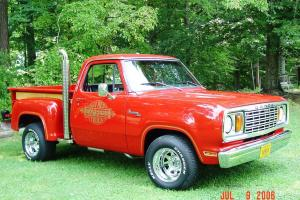 Прикрепленное изображение: 1978 Dodge Lil Red Express-21.jpg