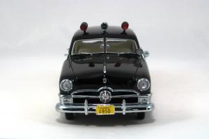 Прикрепленное изображение: 1950 Ford Police Car (4).JPG