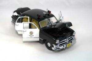 Прикрепленное изображение: 1950 Ford Police Car (6).JPG
