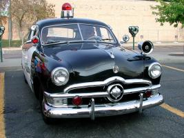 Прикрепленное изображение: 1950 Ford Police Car(21).jpg