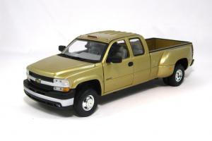 Прикрепленное изображение: 2001 Chevy Silverado 3500 (1).JPG