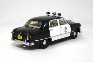 Прикрепленное изображение: 1950 Ford Police Car (3).JPG