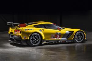 Прикрепленное изображение: 2014-chevrolet-corvette-c7-r-03.jpg