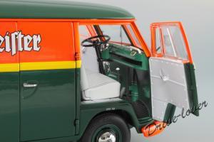 Прикрепленное изображение: Volkswagen T1 Transporter Schuco 450027500_15.JPG