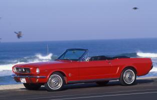 Прикрепленное изображение: 1966_Mustang_GT_2_resize.jpg