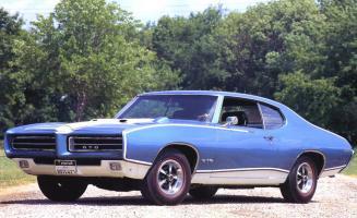 Прикрепленное изображение: 1969-Pontiac-GTO-Royal-Bobcat-Sport-Coupe-Blue-lfvl_resize.jpg