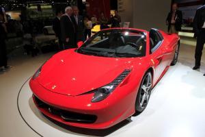 Прикрепленное изображение: 2011-Ferrari-458-Italia-Spider-5.jpg