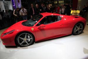 Прикрепленное изображение: 2011-Ferrari-458-Italia-Spider-4.jpg
