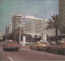 Прикрепленное изображение: Такси в Лос-Анджелесе.jpg