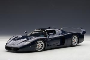 Прикрепленное изображение: 75802a Maserati MC12.jpg