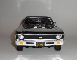 Прикрепленное изображение: Chevrolet Nova SS 396 Coupe 1969 Grey chrome – Ertl.JPG